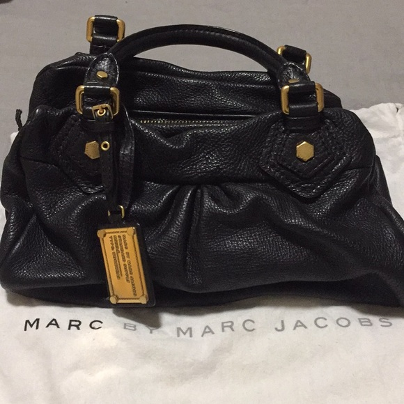 c6239775153 Marc By Marc Jacobs Bags | Marc Jacobs Black Pebbled Leather Handbag ...
